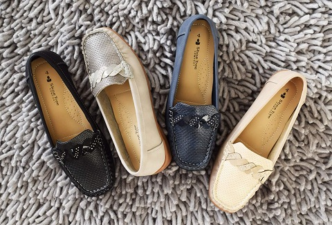 Link to the L J & R Footwear Ltd website